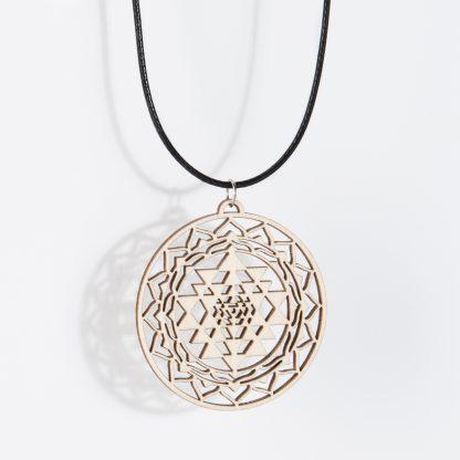 Collier Sri Yantra bois de bouleau